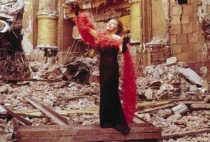 kh-pp-gloria-swanson-ruins-photo-pinterest-not-adobe-photo